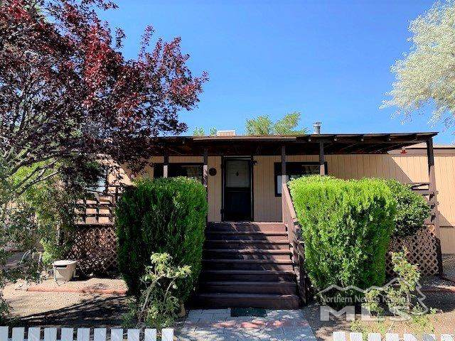 175 Sam Clemens, Dayton, NV 89403 (MLS #200010393) :: The Craig Team