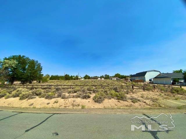 10705 Silver Knolls Blvd, Reno, NV 89508 (MLS #200012215) :: Vaulet Group Real Estate