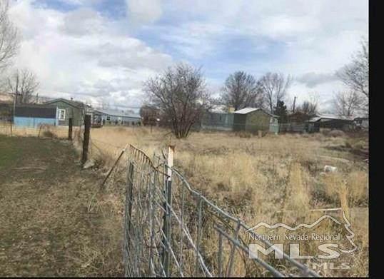 4035 Buckley Ln, Winnemucca, NV 89445 (MLS #200013232) :: NVGemme Real Estate