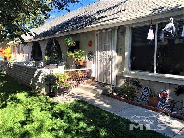 1765 London Circle, Sparks, NV 89431 (MLS #200014692) :: NVGemme Real Estate