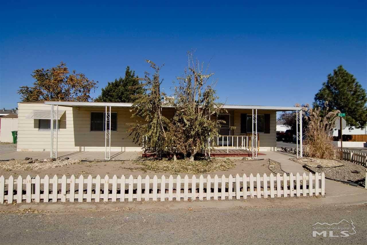 990 Villa Way - Photo 1