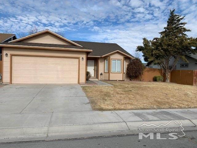 304 Lariat, Fernley, NV 89408 (MLS #210000898) :: NVGemme Real Estate