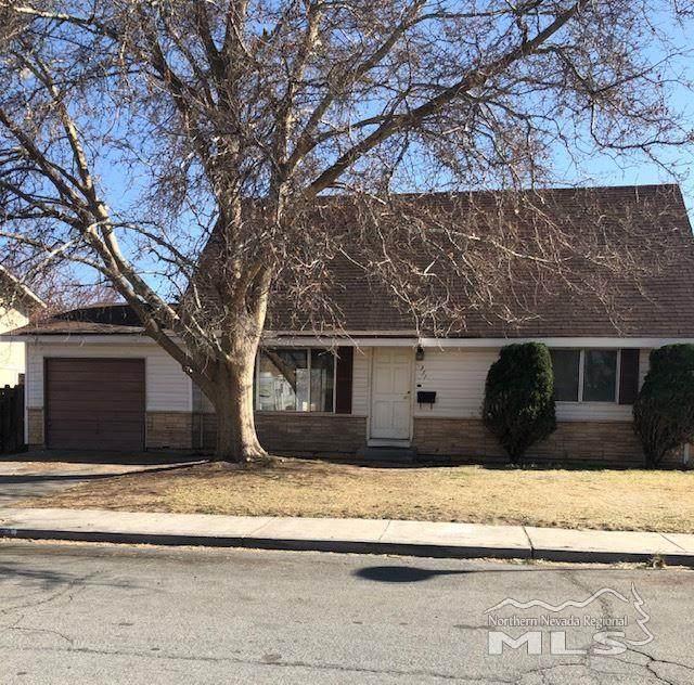 351 Lenwood Drive, Sparks, NV 89431 (MLS #210004240) :: NVGemme Real Estate