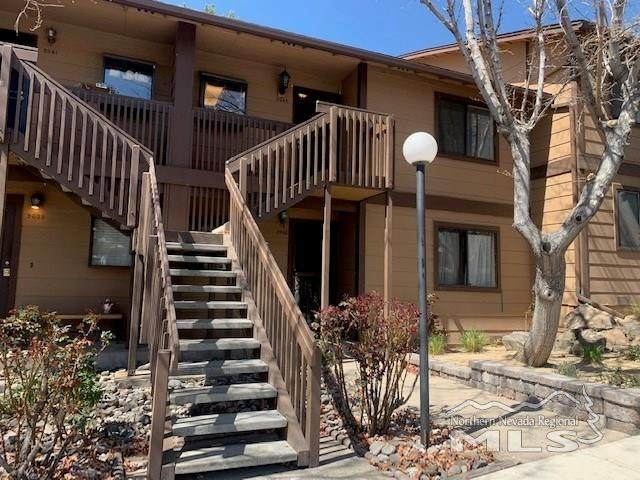 2945 Tierra Verde East, Reno, NV 89512 (MLS #210004472) :: NVGemme Real Estate