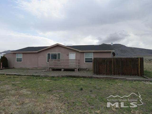 105 Hawk St, Winnemucca, NV 89445 (MLS #210004880) :: Colley Goode Group- eXp Realty