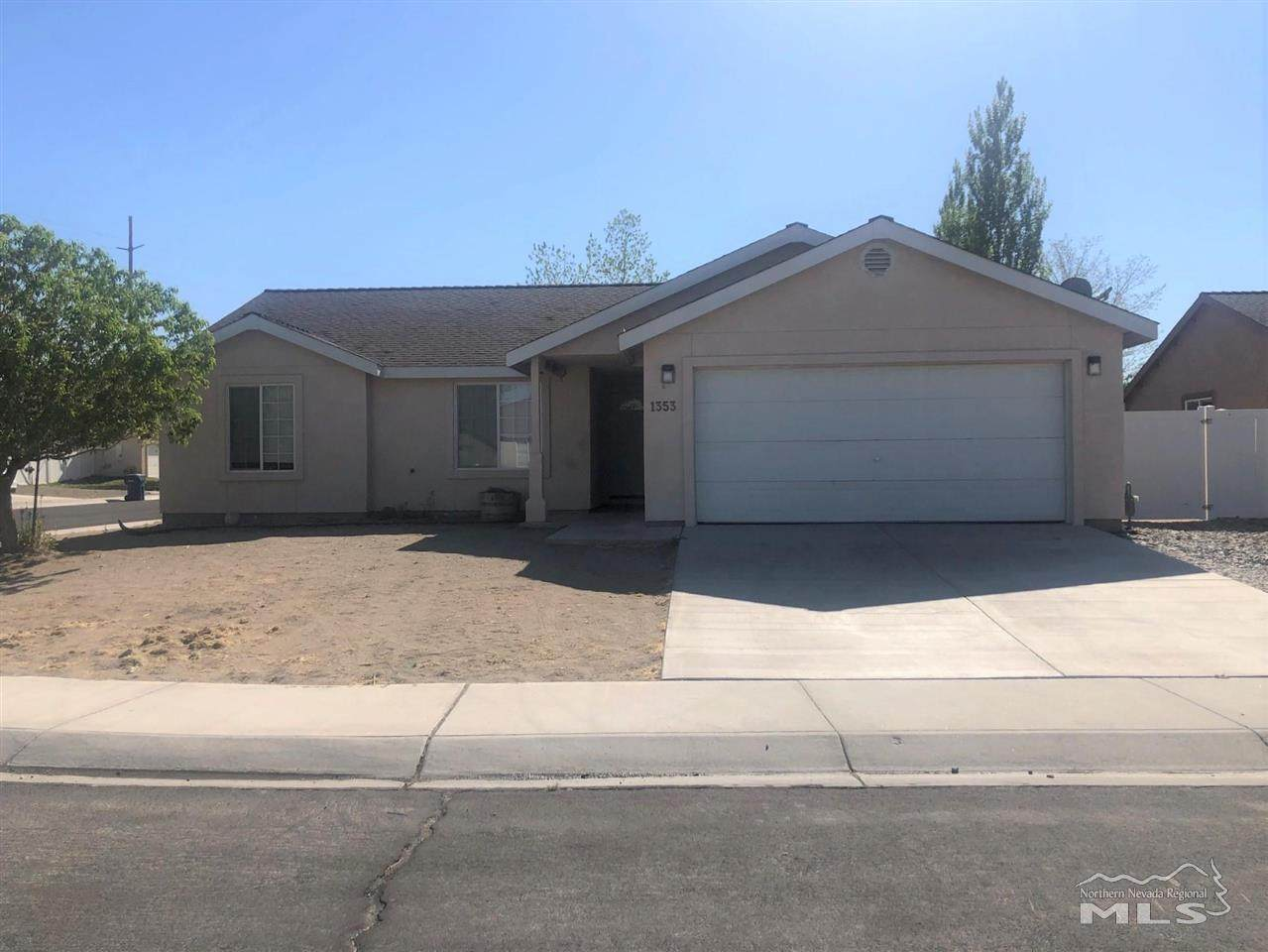 1353 White Bluffs Circle - Photo 1