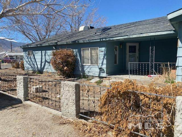 905 7th Street, Hawthorne, NV 89415 (MLS #210006745) :: Vaulet Group Real Estate