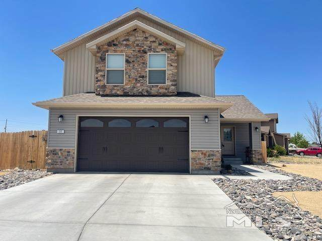 111 Mountain View Drive, Fernley, NV 89408 (MLS #210008591) :: The Mike Wood Team