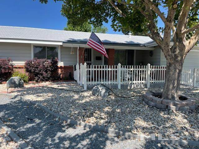 3216 Baker Dr., Carson City, NV 89701 (MLS #210008787) :: The Mike Wood Team