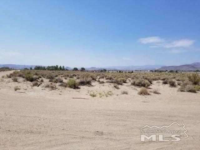 2465 E 3rd, Silver Springs, NV 89429 (MLS #210010115) :: Vaulet Group Real Estate