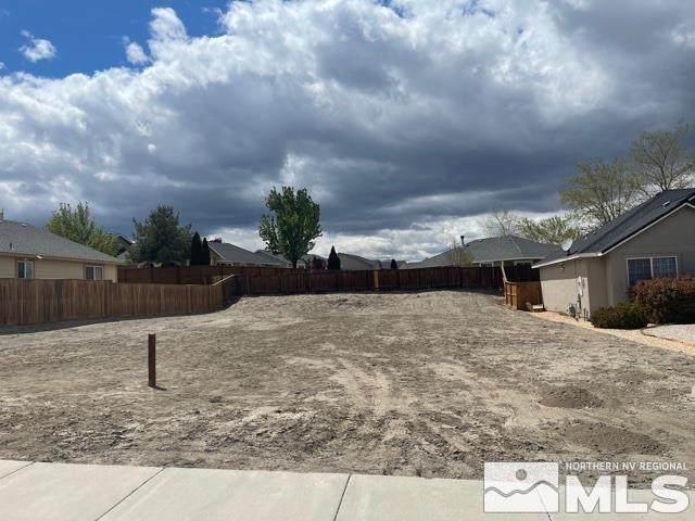 1985 Cheyenne Court, Fernley, NV 89408 (MLS #210013953) :: Chase International Real Estate