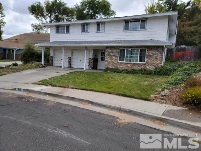 712 Highland St, Carson City, NV 89703 (MLS #210015355) :: NVGemme Real Estate