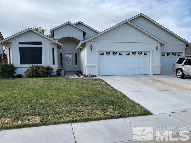 1113 Dixie Lane, Fernley, NV 89408 (MLS #210015692) :: NVGemme Real Estate