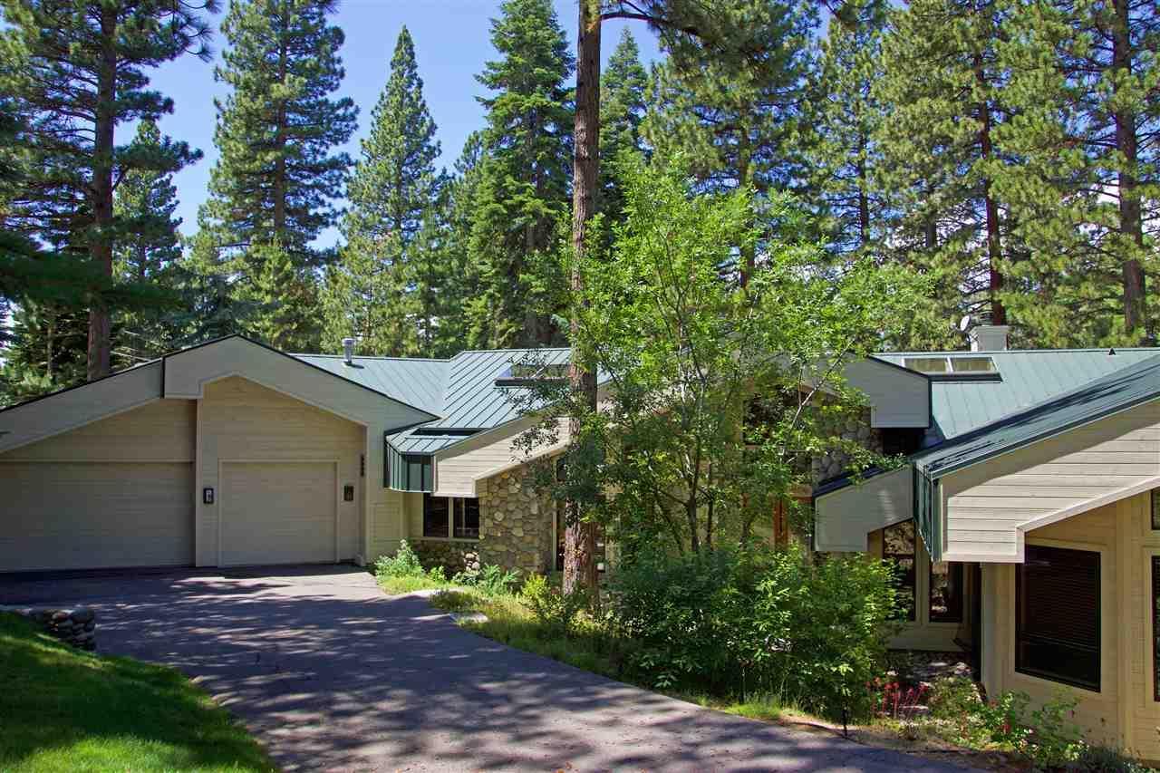 235 Estates Dr - Photo 1
