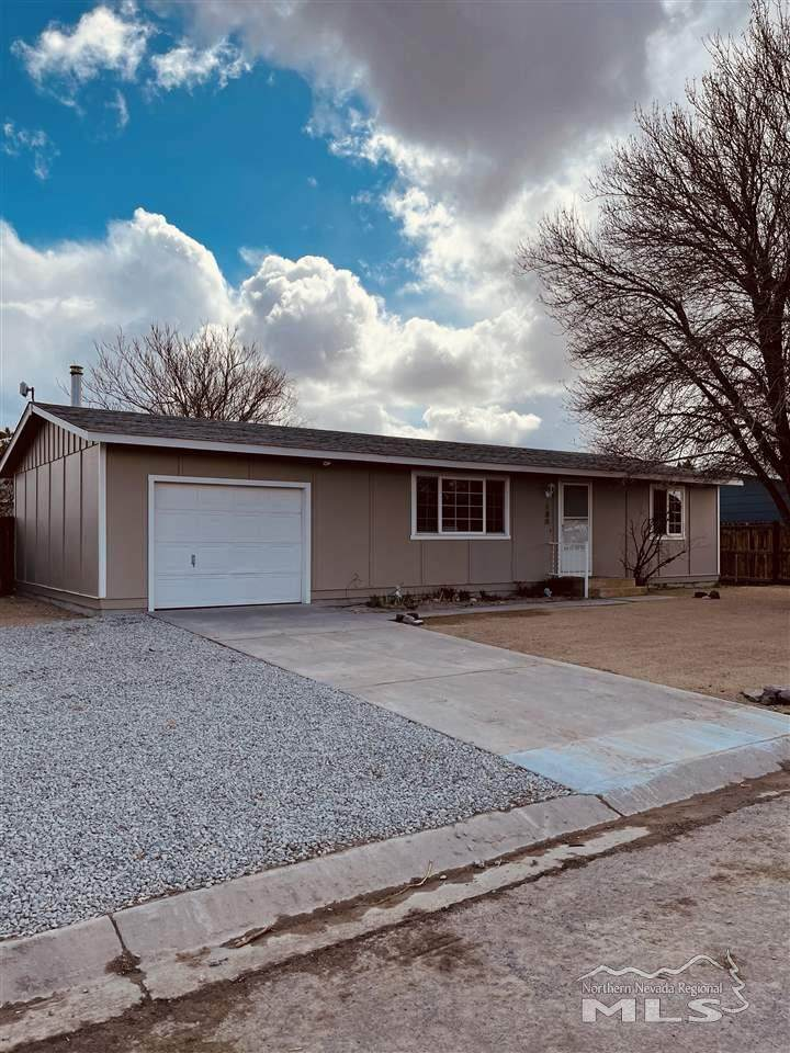 180 Willow Dr - Photo 1
