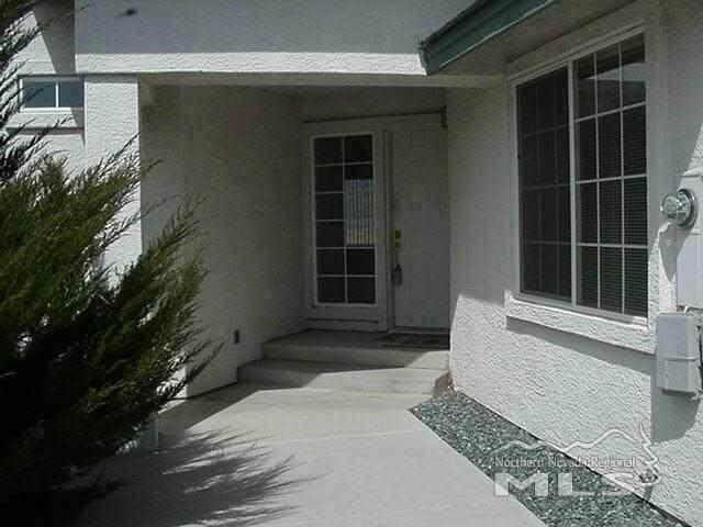 138 Sawgrass, Dayton, NV 89403 (MLS #210008296) :: Chase International Real Estate