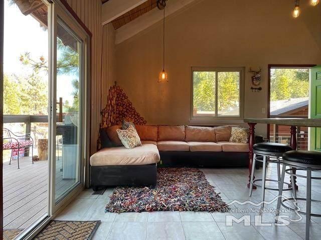 160 Tramway Drive B, Stateline, NV 89449 (MLS #210008310) :: Chase International Real Estate