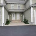 1563 Lonsdale Avenue - Photo 3