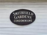 422 Smithfield Avenue - Photo 2