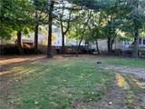 996 Branch Avenue - Photo 3