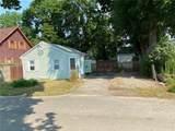 15 Corwin Avenue - Photo 2