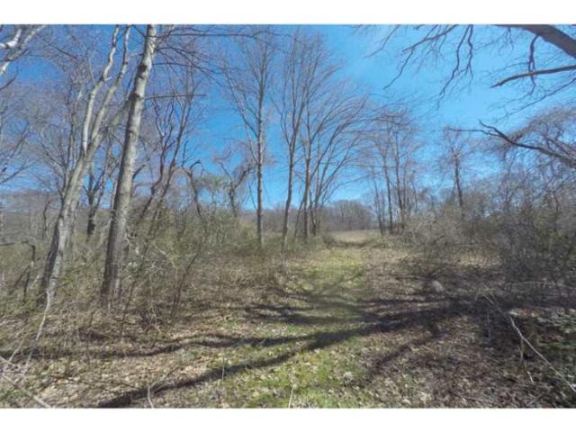 960 Stafford Rd, Tiverton, RI 02878 (MLS #1123566) :: Westcott Properties