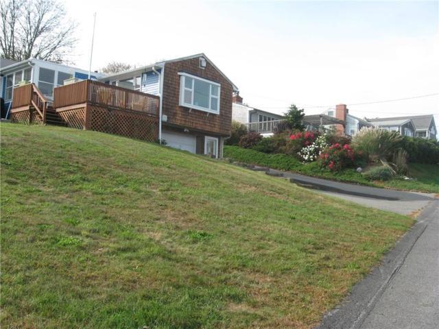 46 William St, Portsmouth, RI 02871 (MLS #1175251) :: Welchman Real Estate Group | Keller Williams Luxury International Division