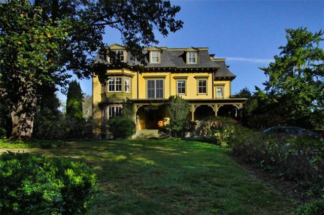 104 Old Beach Rd, Newport, RI 02840 (MLS #1175414) :: Welchman Real Estate Group | Keller Williams Luxury International Division