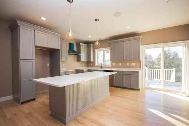 9 Windward Dr, Portsmouth, RI 02871 (MLS #1178219) :: Westcott Properties