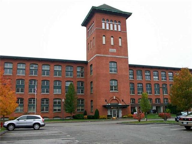 1 Tupperware Dr, Unit#119 #119, North Smithfield, RI 02896 (MLS #1181941) :: Westcott Properties