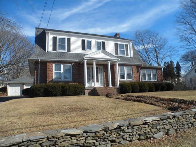 137 West Main Rd, Middletown, RI 02842 (MLS #1183113) :: The Goss Team at RE/MAX Properties