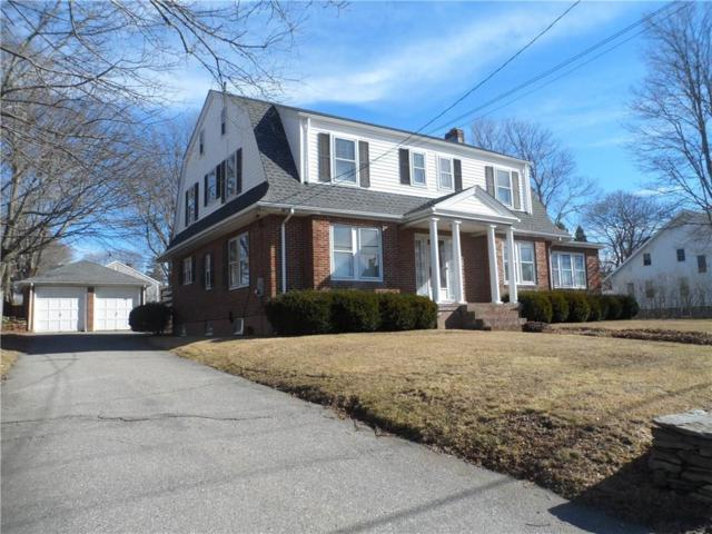 137 West Main Rd, Middletown, RI 02842 (MLS #1183114) :: The Goss Team at RE/MAX Properties
