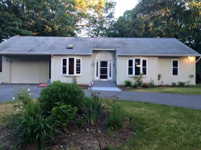18 Greenlake Dr, Smithfield, RI 02828 (MLS #1183134) :: Westcott Properties
