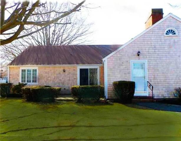 27 Glen Meade Dr, Unit#A A, Portsmouth, RI 02871 (MLS #1187403) :: The Goss Team at RE/MAX Properties