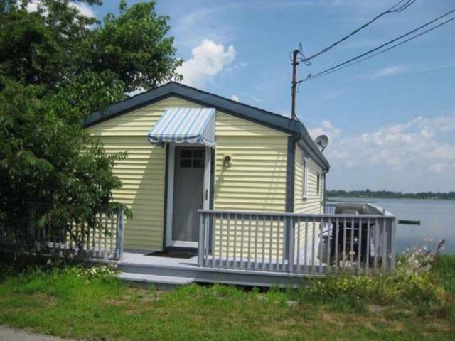 203 Cedar Av, Portsmouth, RI 02871 (MLS #1187574) :: Welchman Real Estate Group | Keller Williams Luxury International Division
