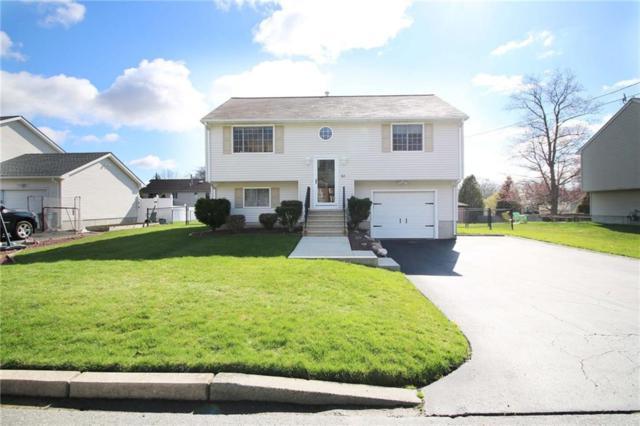 165 Mohawk Trl, Cranston, RI 02921 (MLS #1189345) :: Welchman Real Estate Group   Keller Williams Luxury International Division