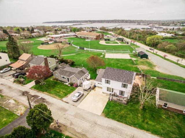 17 Gunning Ct, Middletown, RI 02842 (MLS #1191182) :: Welchman Real Estate Group   Keller Williams Luxury International Division