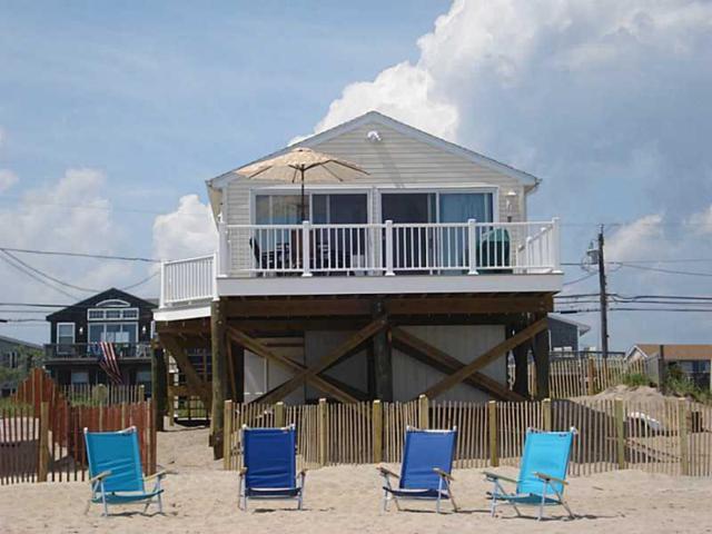706 Charlestown Beach Rd, Charlestown, RI 02813 (MLS #1191532) :: Welchman Real Estate Group | Keller Williams Luxury International Division