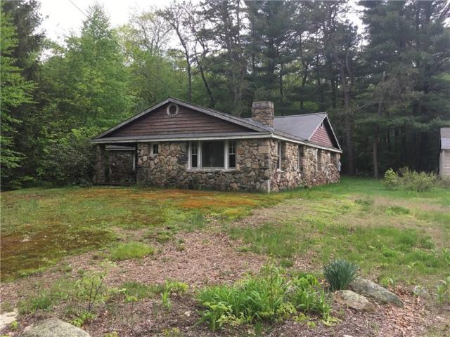 453 Trimtown Rd, Scituate, RI 02857 (MLS #1192382) :: The Martone Group