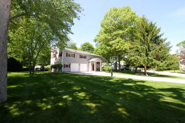 2 Hawthorne Rd, Smithfield, RI 02828 (MLS #1192391) :: The Martone Group
