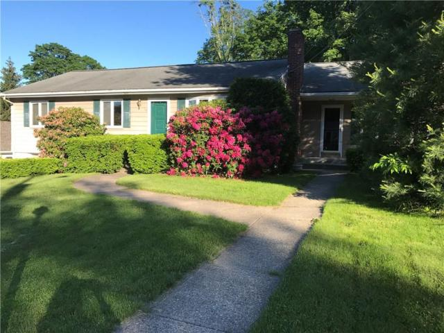 10 Knoll Crest Dr, Cumberland, RI 02864 (MLS #1192738) :: The Martone Group