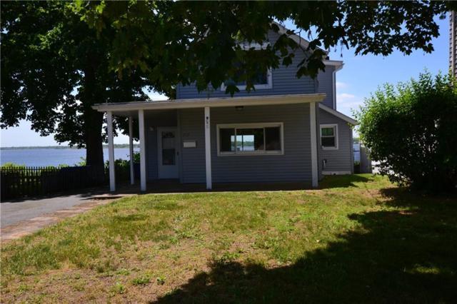 210 Narragansett Av, East Providence, RI 02915 (MLS #1195001) :: The Martone Group