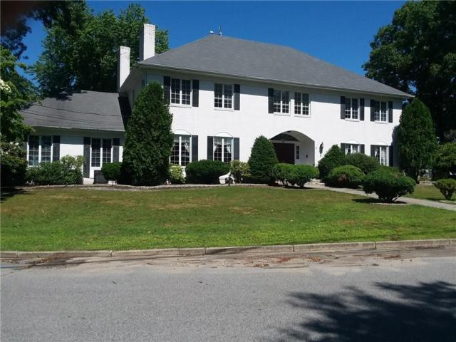 70 Cedar Bay Dr, Warwick, RI 02888 (MLS #1196487) :: The Martone Group