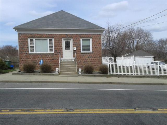 1463 Plainfield St, Johnston, RI 02919 (MLS #1200140) :: Welchman Real Estate Group | Keller Williams Luxury International Division