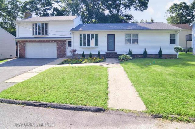5 Woodhaven Dr, Johnston, RI 02920 (MLS #1201813) :: Westcott Properties