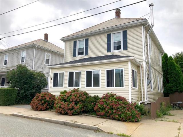 60 Hall Av, Newport, RI 02840 (MLS #1201977) :: The Martone Group