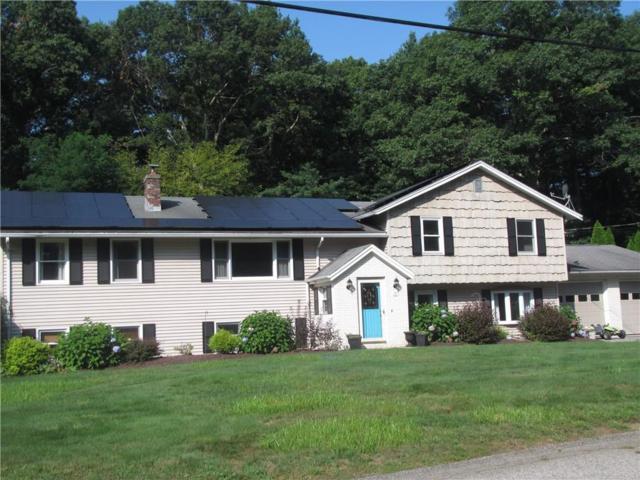 19 Bruce Dr, North Smithfield, RI 02896 (MLS #1202477) :: Welchman Real Estate Group   Keller Williams Luxury International Division
