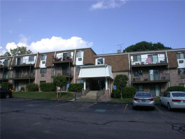 750 Quaker Lane, Unit#B205 B205, Warwick, RI 02886 (MLS #1203448) :: The Martone Group