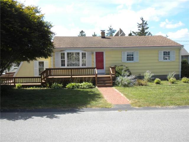 33 East St, Cumberland, RI 02864 (MLS #1204370) :: The Martone Group