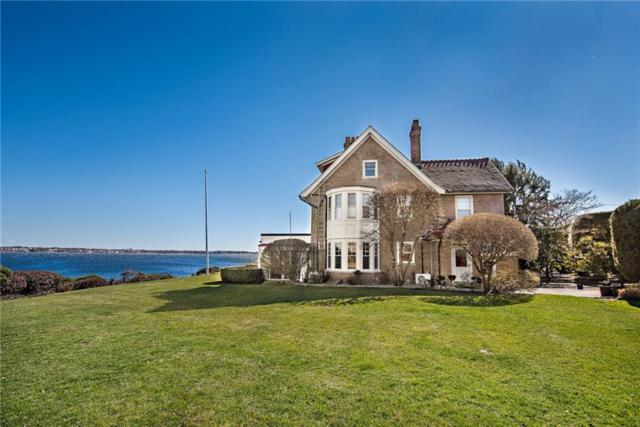10 Seaview Av, Cranston, RI 02905 (MLS #1207886) :: The Martone Group